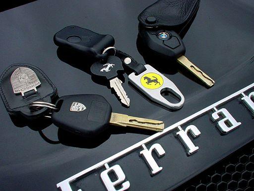 512px-Car_keys