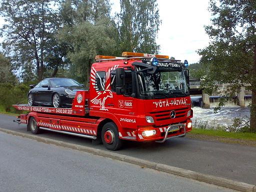 512px-Hinausauto