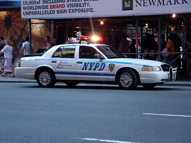 640px-New_york_police_department_car