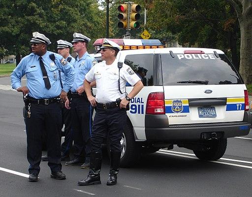 Philadelphia_Police_-_gang_with_vehicle